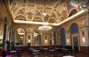 Cafe Parisi 咖啡館內部