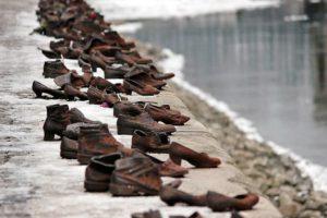多瑙河岸之鞋