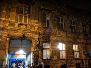 布達佩斯夜店Instant大門