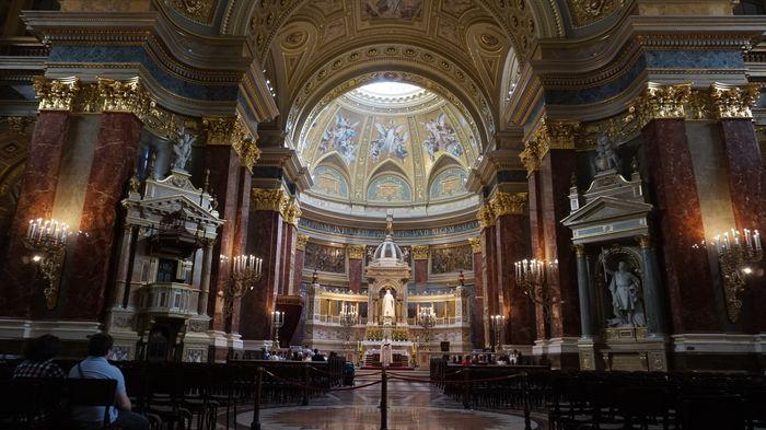 聖史蒂芬教堂一樓內部