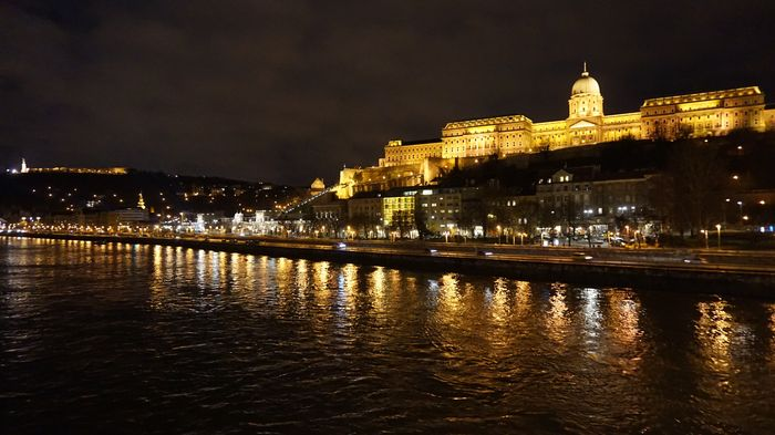 night view-Buda Castle
