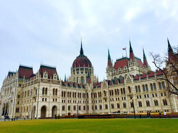 國會大廈一側