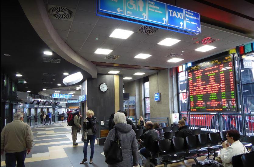 Krakow MDA巴士站內部