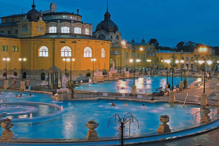 塞切尼溫泉Széchenyi Thermal Bath