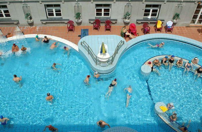 盧卡斯溫泉Lukács Thermal Bath