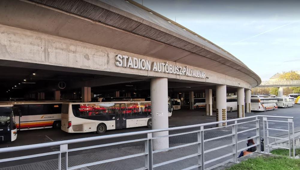 布達佩斯-體育場巴士站