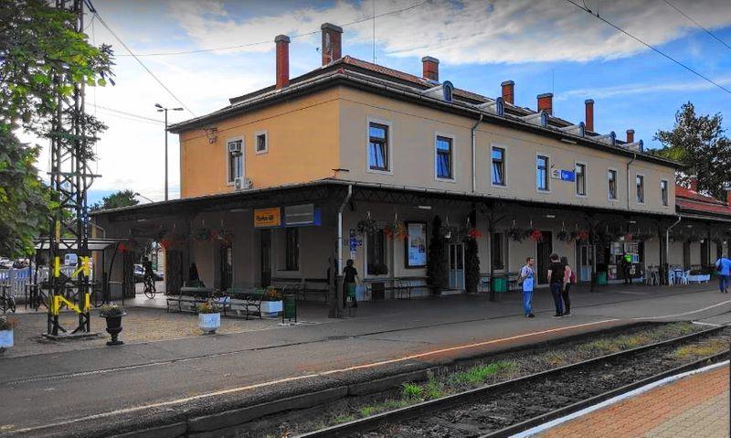 Eger Railway Station