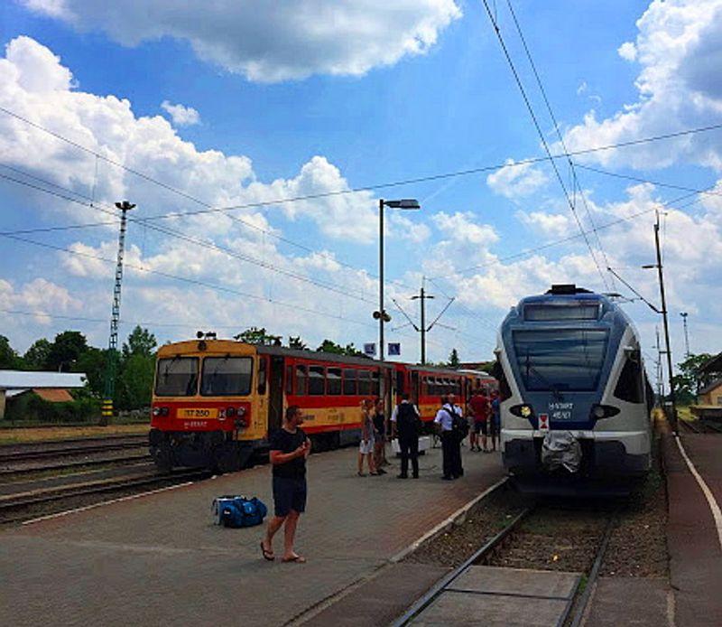 Eger station