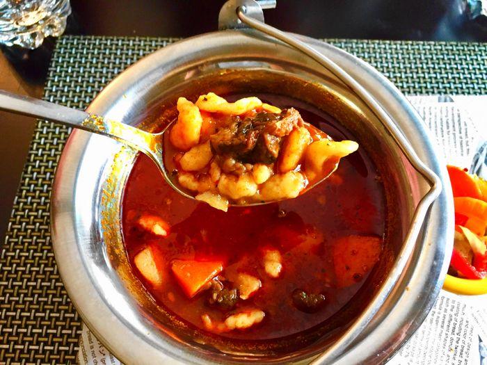 台灣高雄異國餐廳-匈牙利牛肉湯