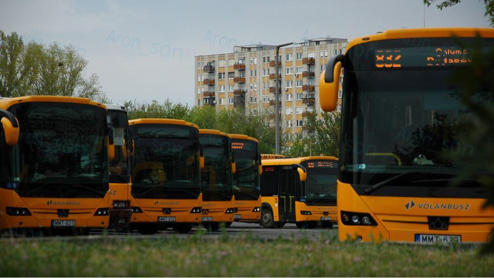 Árpád-híd-aut.-áll.-Bus-Station
