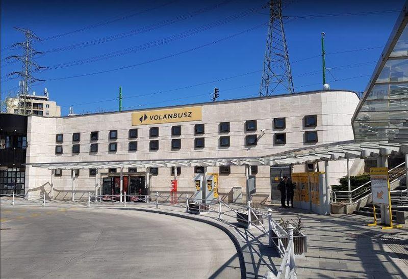 從布達佩斯前往維謝格拉德Visegrad的巴士站-Újpest-VároskapuXIII. kerület
