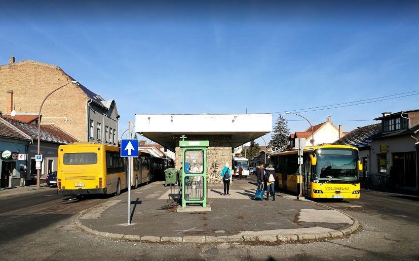 Esztergom厄斯特貢巴士終點站