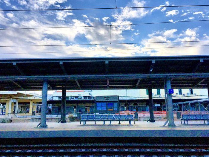 雅典中央車站(拉里薩火車站)Larissa Railway Station:前往卡蘭巴卡-天空之城梅特歐拉Meteora