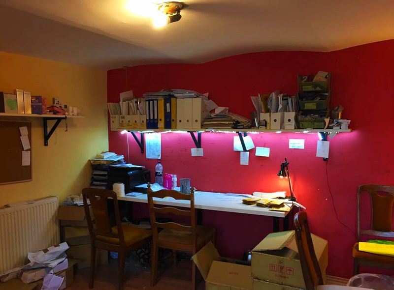匈牙利布達佩斯工作:兼差面膜家庭手工,融入當地生活。
