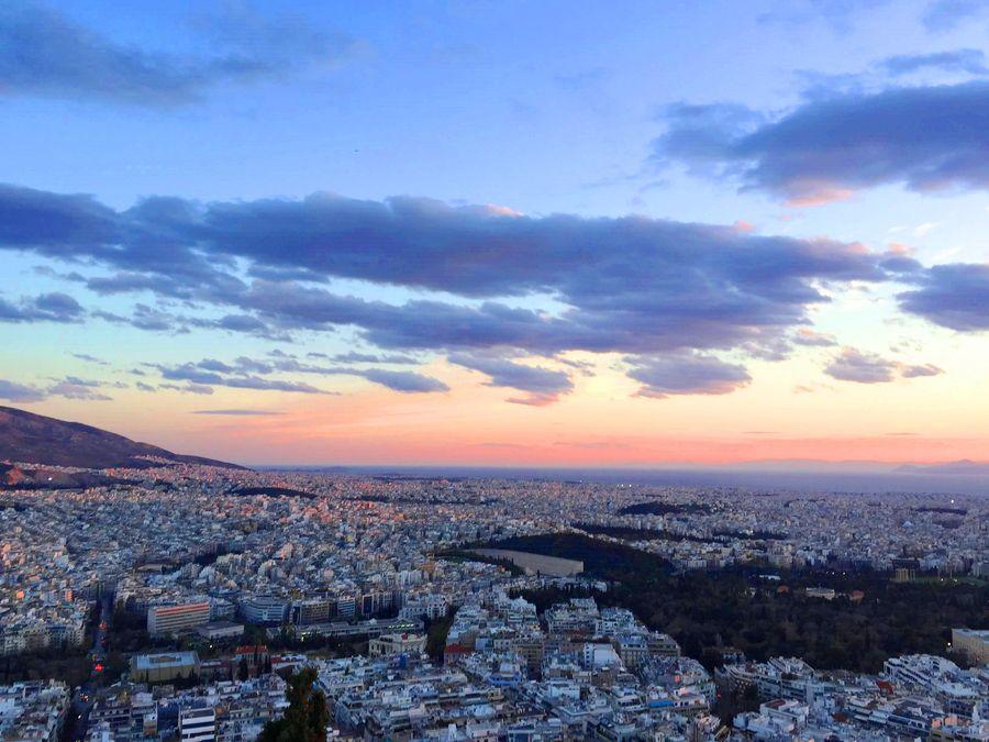 夕陽日落在利卡維多斯山丘 Lykavittos Hill