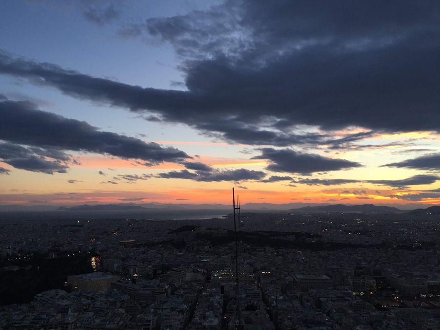 利卡維多斯山丘 Lykavittos Hill,夕陽餘暉,一片遼闊