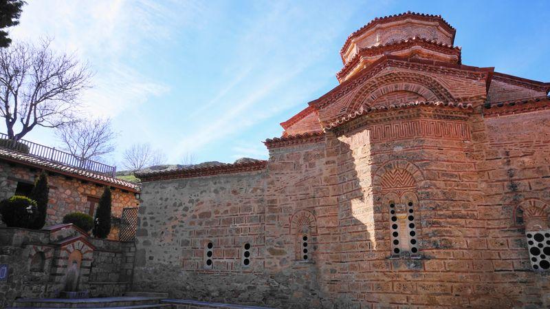 梅特歐拉Meteora--大梅特歐羅修道院,令人很平靜的庭院。