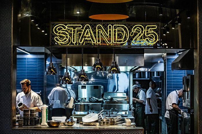 STAND 25 Bistro 布達佩斯米其林一星餐廳,前ONYX主廚。
