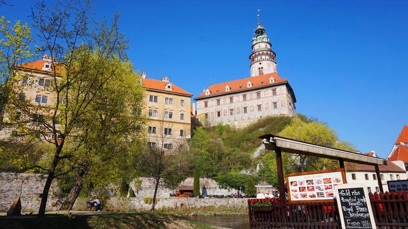CK小鎮-城堡區:彩繪塔與城堡