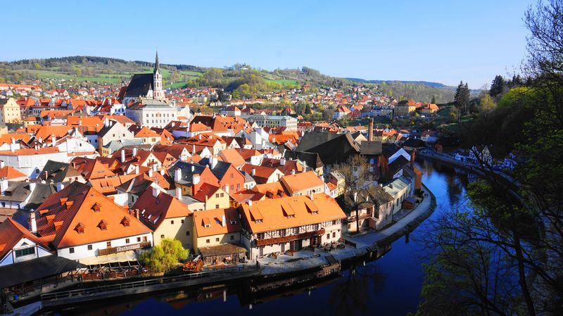 最佳觀景處:CK小鎮全景與伏爾塔瓦河 Vltava River