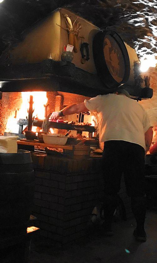 CK小鎮-地窖餐廳-現場燒烤