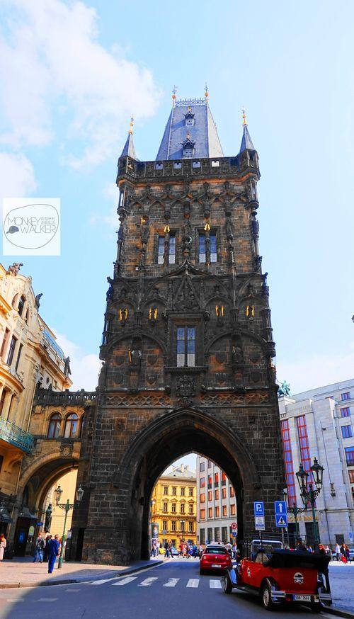 布拉格必去景點:火藥塔
