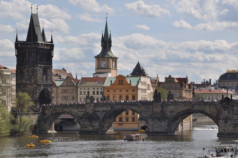 布拉格Prague必去景點-查理大橋與舊城橋塔