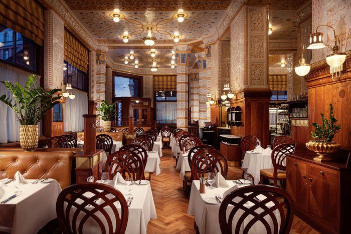 布拉格美食:百年帝國咖啡館Cafe Imperial