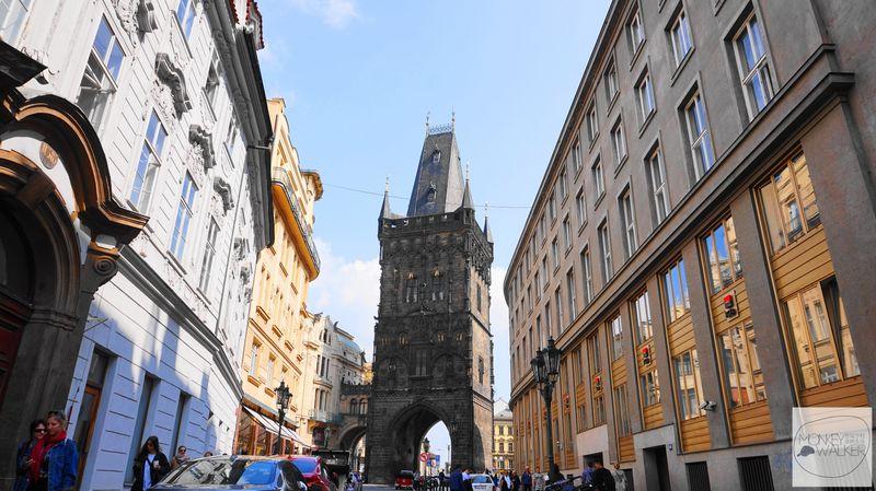 布拉格必去景點-火藥塔