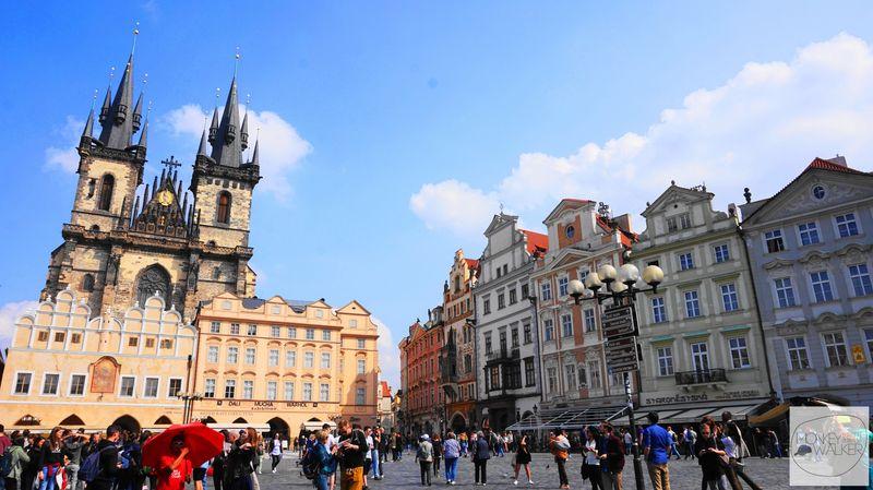 布拉格必去景點-舊城廣場、提恩教堂