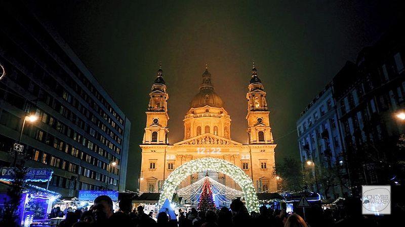 聖史蒂芬廣場St. Stephen's Basilica聖誕市集,票選歐洲最美之一。