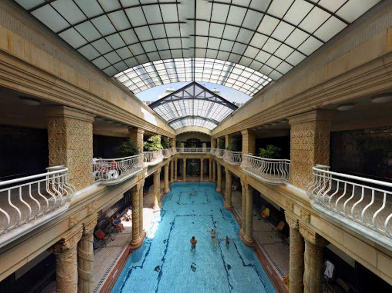 布達佩斯過聖誕,記得來泡溫泉-蓋勒特溫泉。