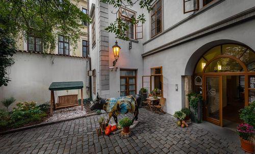 布拉格住宿推薦-3 Epoques (3艾伯克斯精品酒店)