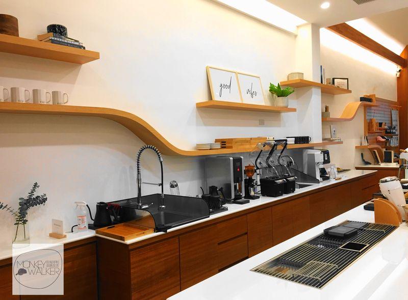 斗六OHEY Cafe慕光咖啡館,服務人員工作空間,非常乾淨。