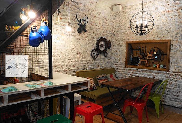 台南墨西哥料理-Zoomos日勿墨食內部空間。