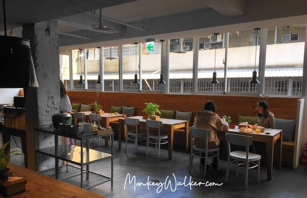 Star Hostel信星旅店台北車站,早起的鳥兒有早餐吃,中西式一次都給你。