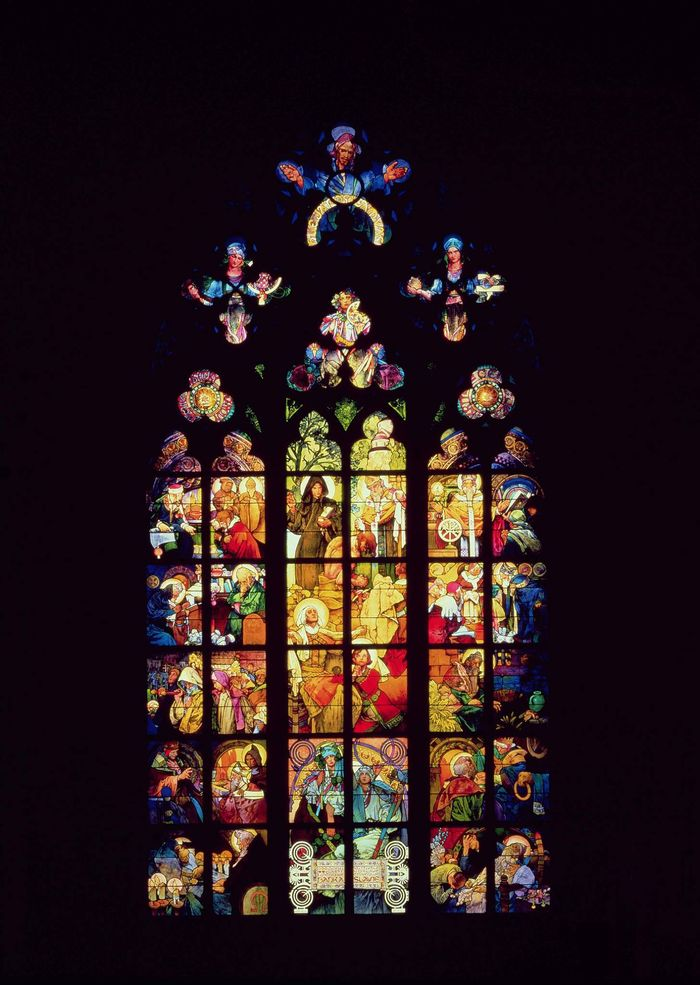 捷克布拉格城堡區的聖維特教堂,內部有知名新藝術國寶大師慕夏的作品-慕夏之窗(The Mucha Window)