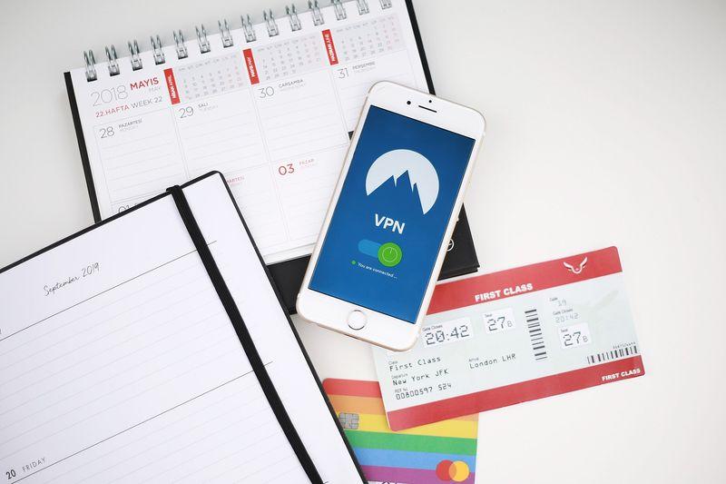 透過VPN購買便宜機票,省下一筆錢。