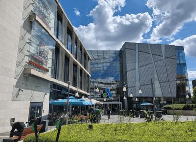 布達佩斯購物中心-Allee Mall大門