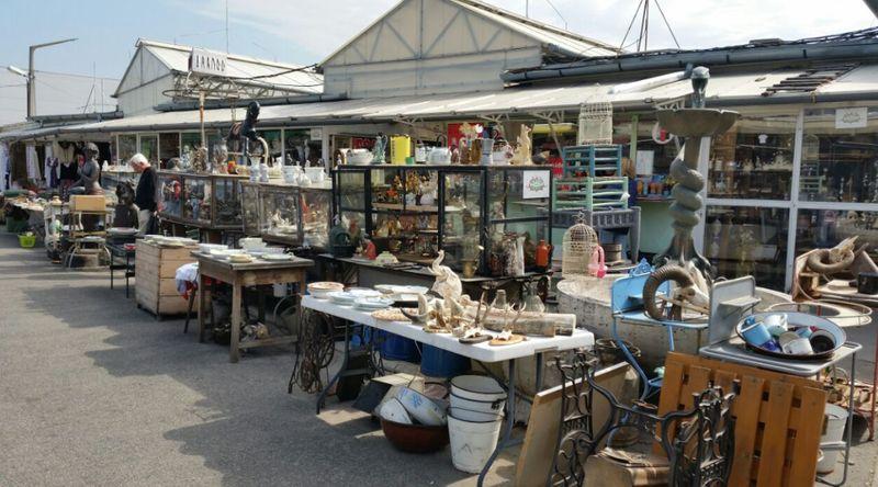 布達佩斯Ecseri Flea Market 跳蚤市場,身為收藏家不能錯過。