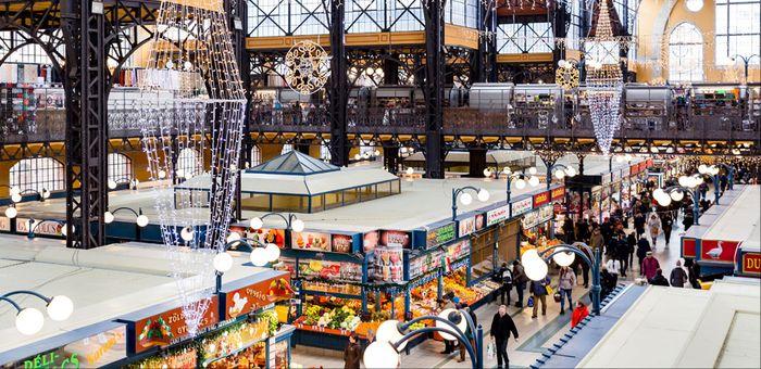 布達佩斯逛街的地方-中央市場 (Central Market Hall),總共有3樓。