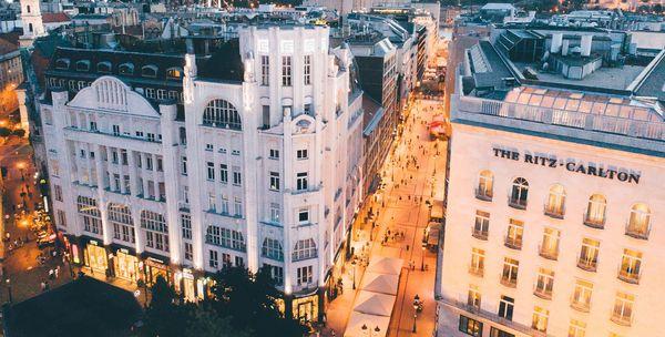 布達佩斯逛街的地方-Fashion Street