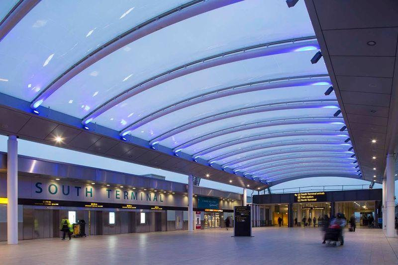 歡迎抵達蓋威克機場Gatwick Airport