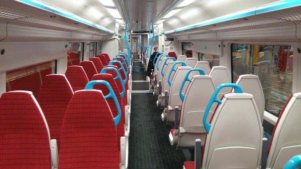 Gatwick Express 內部