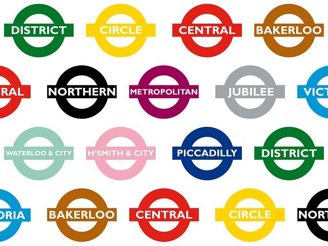 倫敦的地鐵目前有11條線,繽紛色彩識別。
