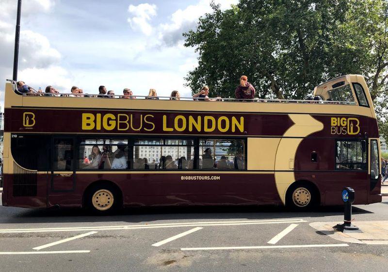 英國倫敦觀光巴士(Big Bus),購買London Pass倫敦通行證,期限內可以選擇一日隨上隨下無限搭乘。