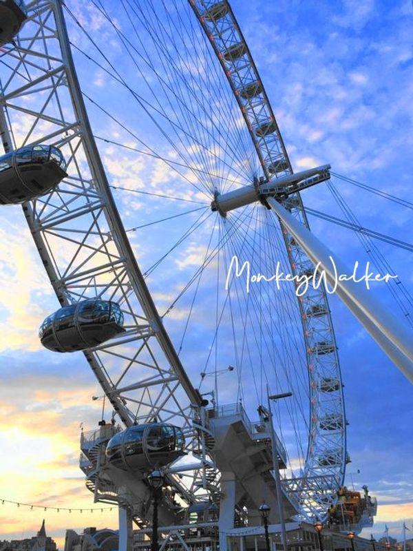 英國倫敦眼(London Eye),知名地標,建議事先線上購買門票,不然要排隊非常久。