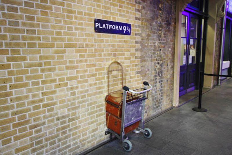 倫敦哈利波特迷必去9又4分之3月台(Platform Nine and Three-Quarters)