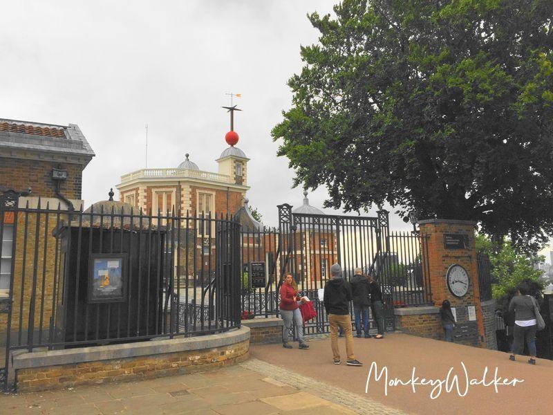 倫敦格林威治皇家天文台(Royal ObservatoryGreenwich)尋找0度經線,輕易跨越東、西半球。
