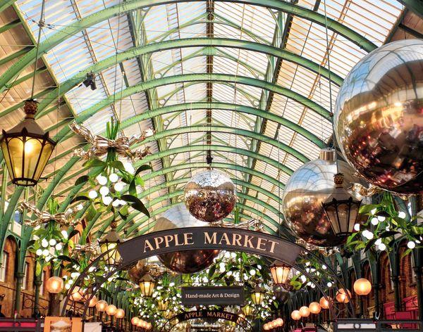 倫敦知名市集-柯芬園(Covent Garden),這是其中一個Apple Market.